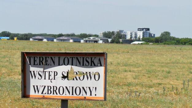 Miało być mniej samolotów na Bemowie, władze lotniska złożyły odwołanie