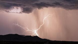 Prognoza pogody na dziś: upalny dzień, miejscami zagrzmi