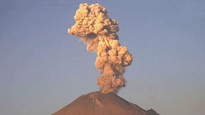 Spektakularna erupcja wulkanu Popocatepetl