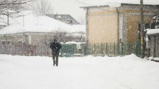 Prognoza pogody na dziś: rozpogodzenia, śnieg, od -1 do 3 st. C